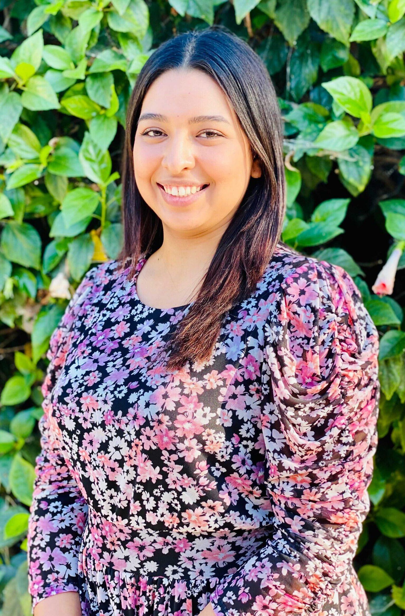 Abogado de Immigracion 714-541-4100 - Michelle Rosales